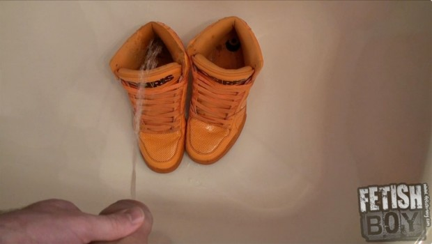 Video-Preview-Giving_My_Orange_Sport_Sneaks_a_Piss_Douche-0