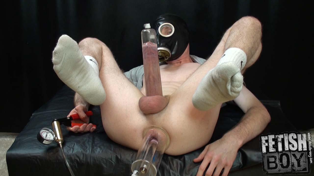Incredible penis pumping self